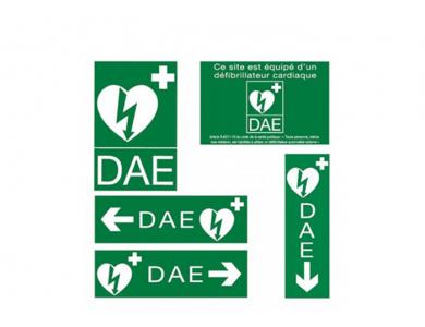 Mise en service DAE + installation d'une armoire intérieure  + pose de signalétique